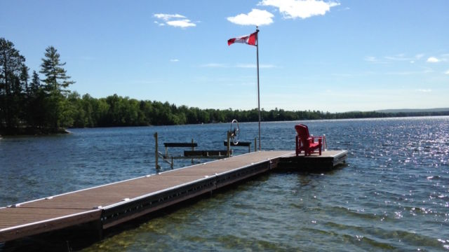 Aluminum Pipe Docks sections with ramp and Boat Lift
