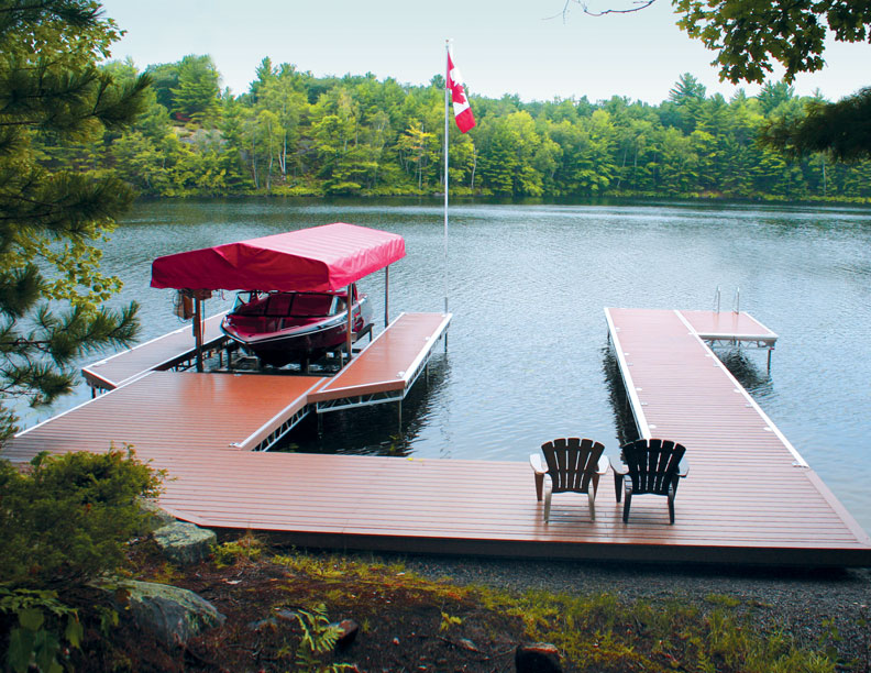 Dock with 2 chairs