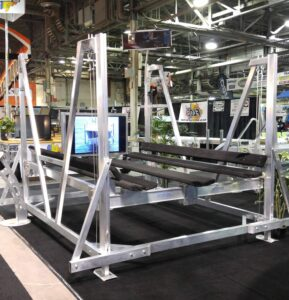 Vertical Pontoon Boat Lift with side guides