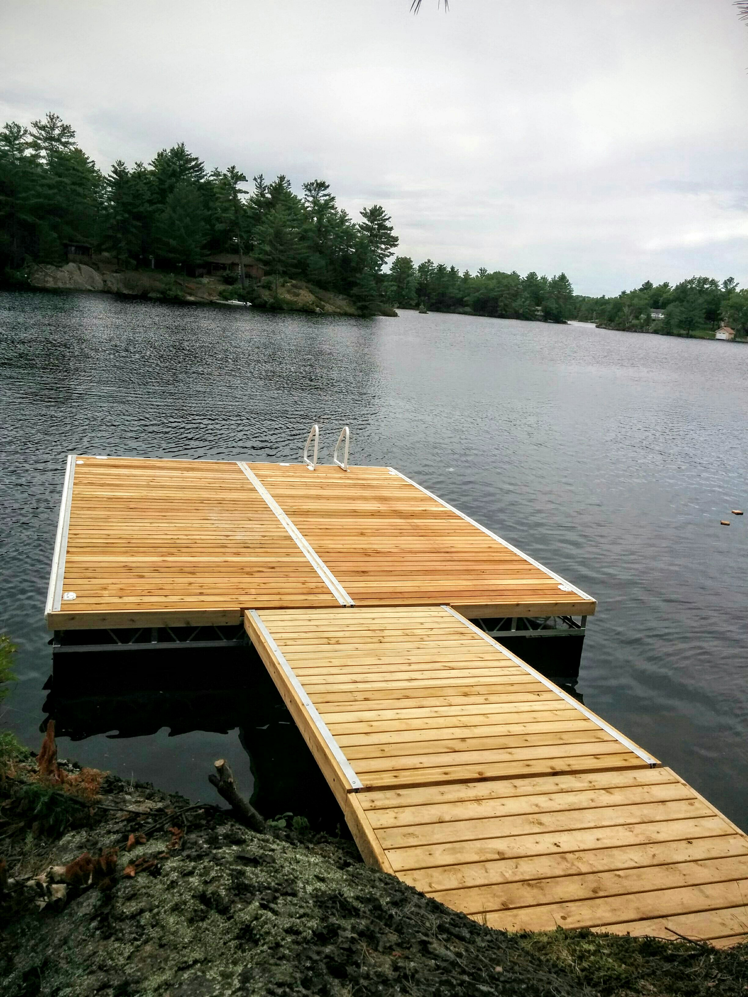 Aluminum Floating Truss Docks & Waterfront Products – R & J