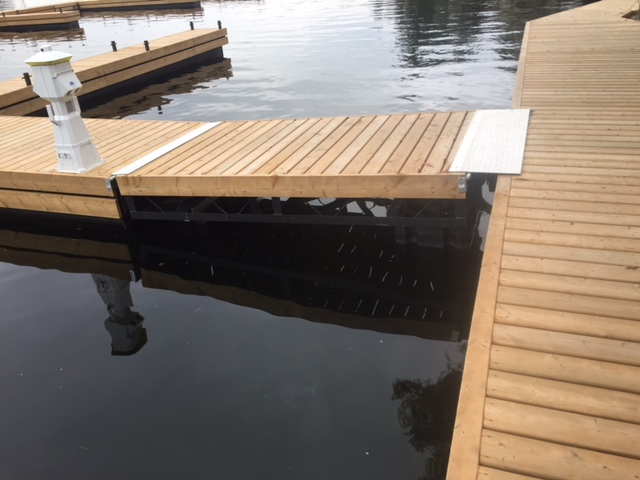 Steel Tube Floating Amp Commercial Dock Systems R Amp J Machine