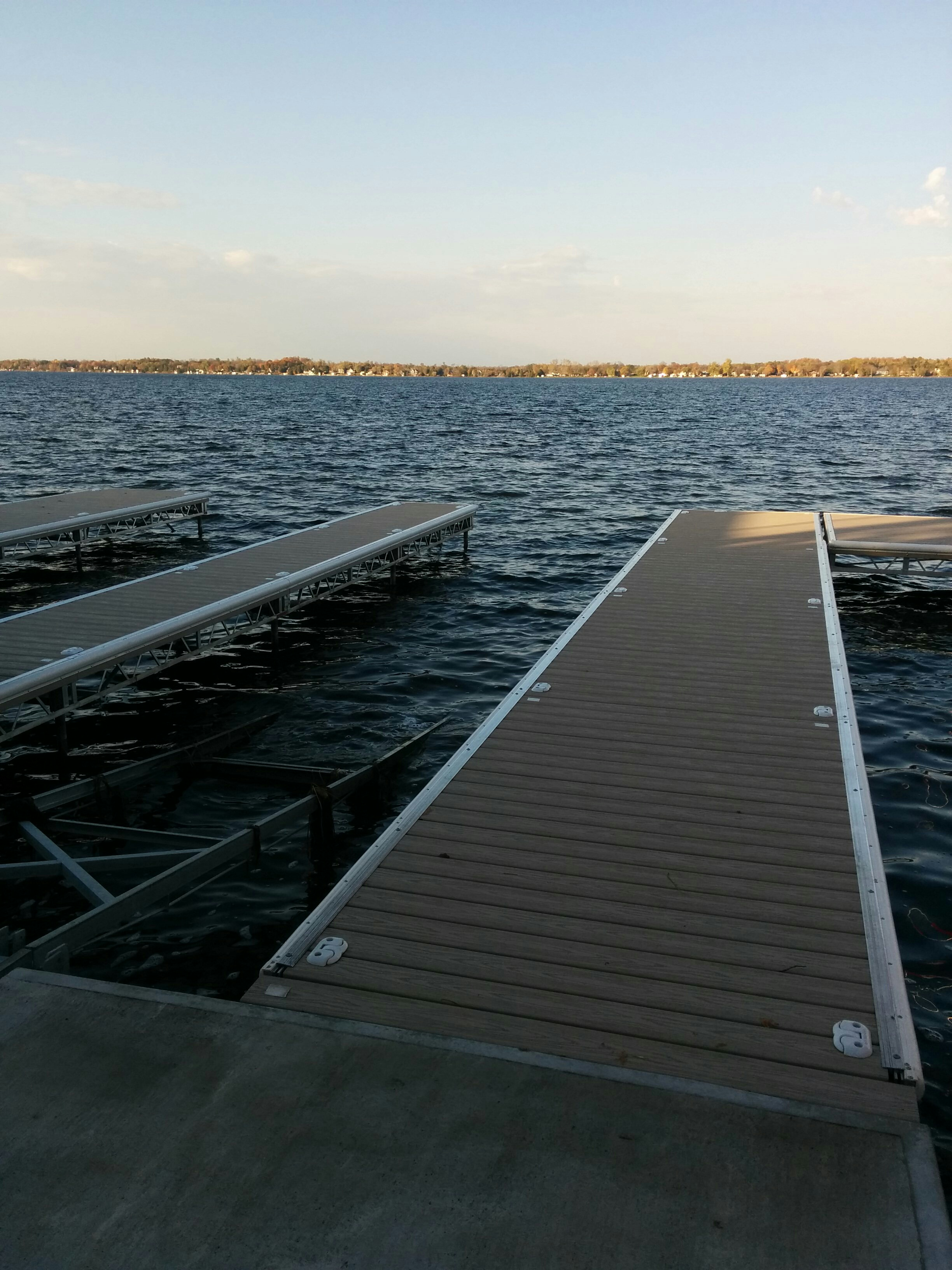 Lift Up & Lift Up Step Docks – R & J Machine