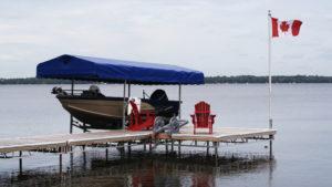 R&J Machine - Aluminum Truss Lift Up Pipe Dock with an Aluminum Dock Flagpole