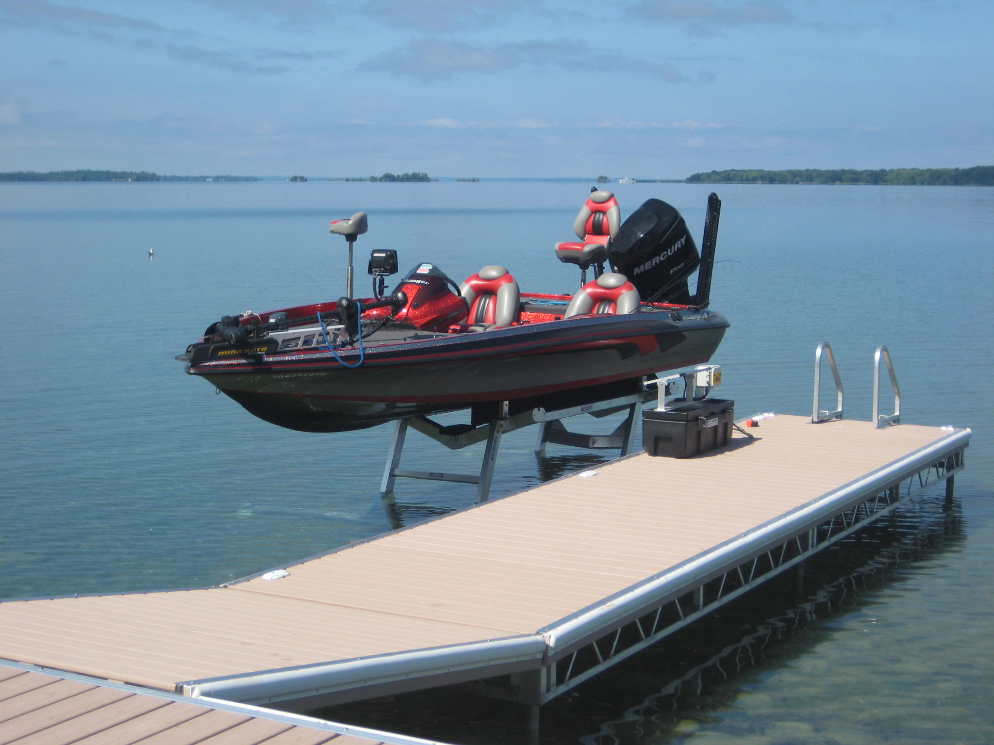 Hydraulic Boat Lift and Pipe Dock with Ramp – R & J Machine