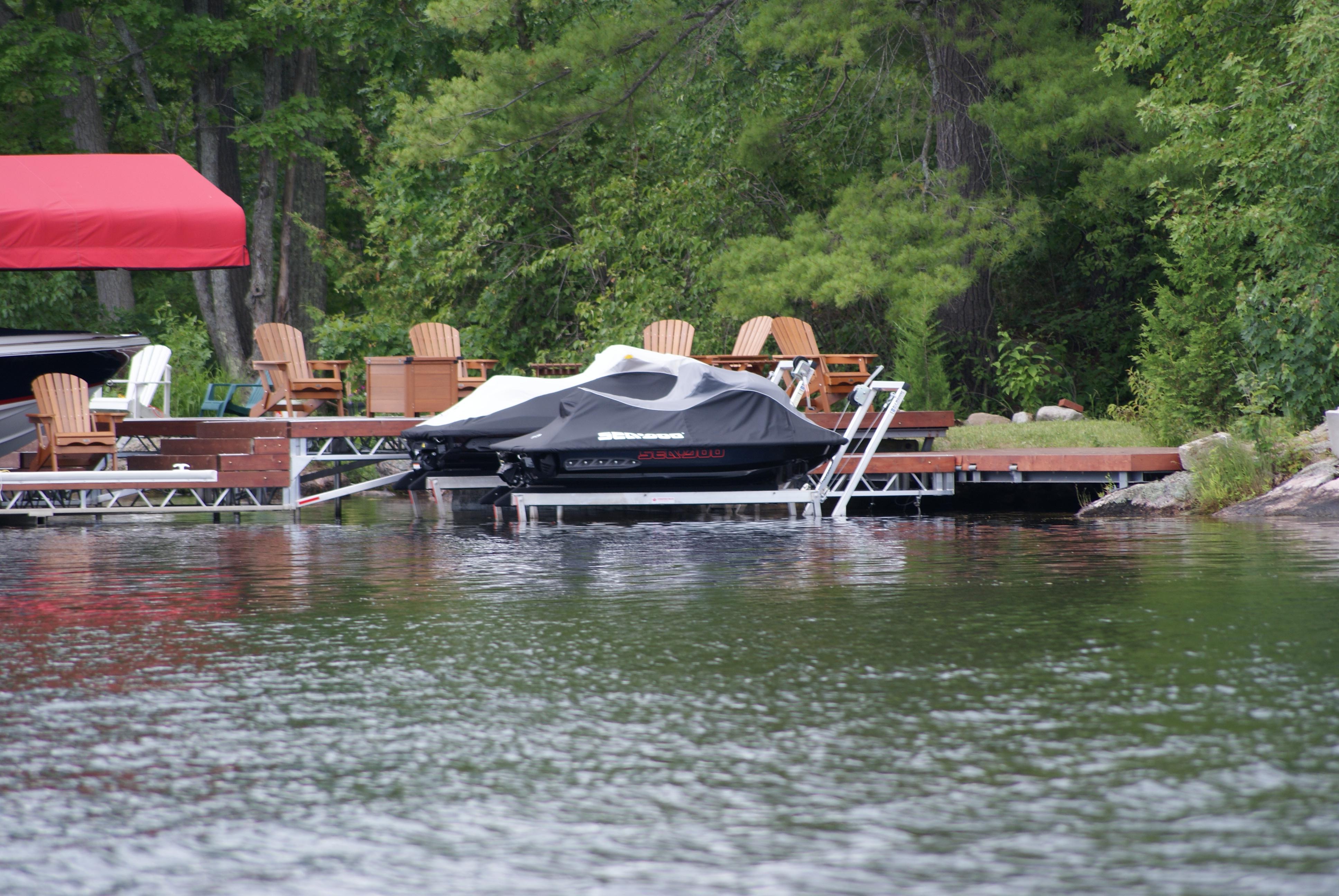 Personal Watercraft Lifts | Sea-Doo Lifts – R & J Machine