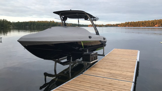 Hydraulic Boat Lifts Battery Powered Boat Lifts R Amp J