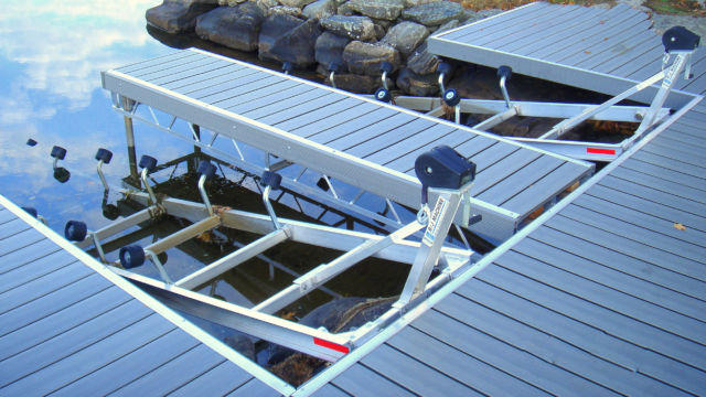 R&J Machine Aluminum Roller Ramp Systems installed with Aluminum Truss Grey Decking Pipe Dock