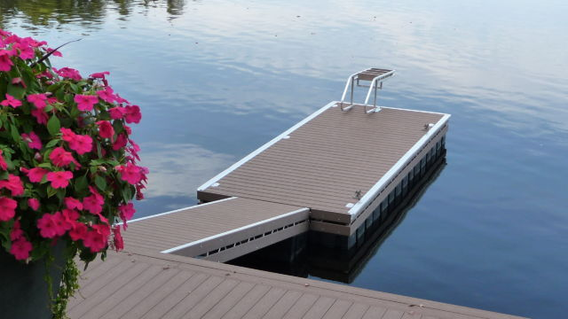 Floating Truss Dock with Ramp, in Pro Decking