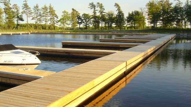 commercial floating dock system at oak orchard gated community