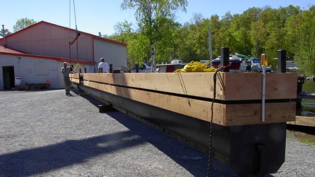 Single Tube Steel Floating Dock