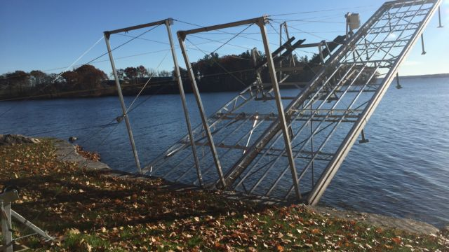 Lift up vertical boat lift and dock system
