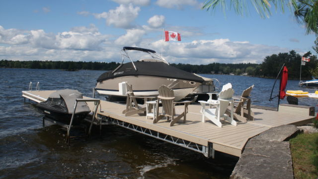 Lift up dock with pwc lift and boat lift all raise for winter