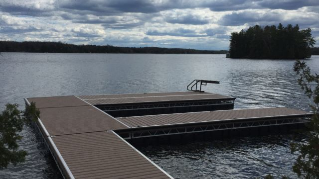 Floating Dock system with Lift Up Tapered Ramp from shore
