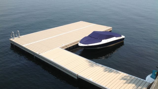 Floating Dock system with Pro Decking
