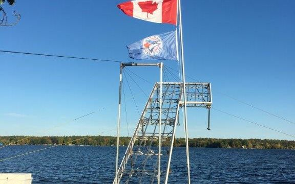 Lift Up Dock with flagpole