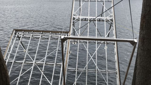Lift Up Dock with Shore Platform section