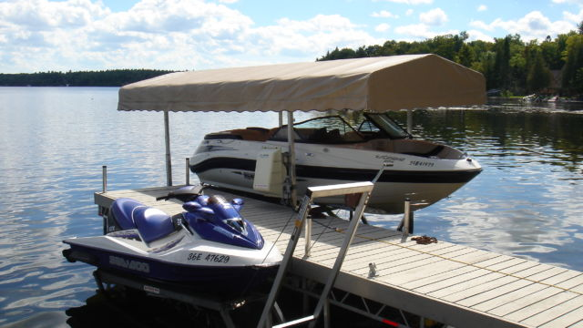 PWC Lift and Cantilever Boat lift with Roof System